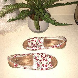 Toms White & Red Floral Open Toe Shoes